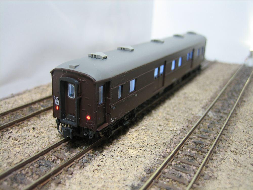 KATO ニセコ荷物車の自作室内灯取付け_e0120143_2320138.jpg
