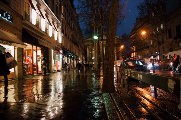 雨の週末がなぜか嬉しい。雨の名前、そして巴里の雨、、、、_a0031363_2321021.jpg