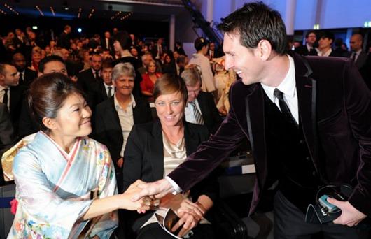 FIFA年間表彰式で澤選手が女子の最優秀選手賞に!!!_b0007805_732551.jpg