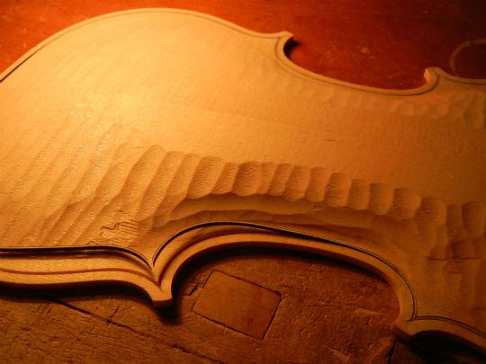 ヴァイオリン製作記再開_d0047461_15484399.jpg
