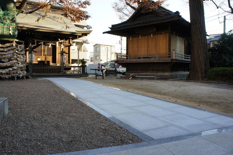 秋葉神社 参道改修工事  2011.12.24_e0223769_1631303.jpg