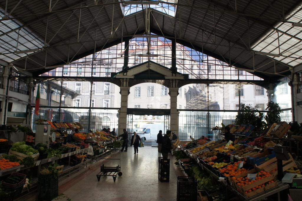 リスボンの魚市場!_c0180686_18273632.jpg