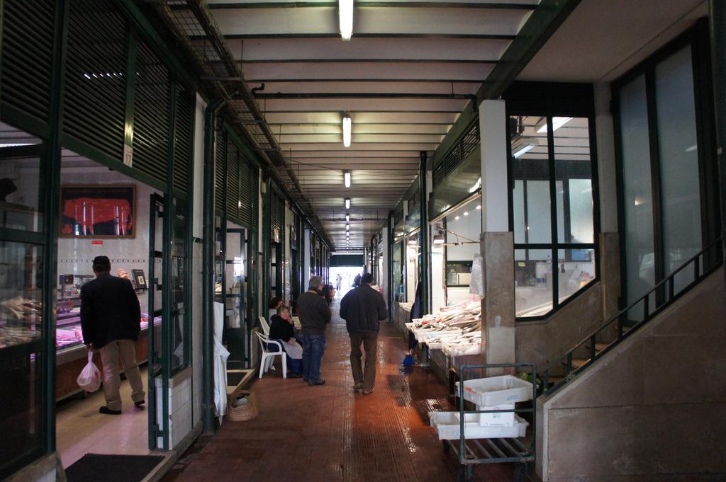 リスボンの魚市場!_c0180686_1840437.jpg