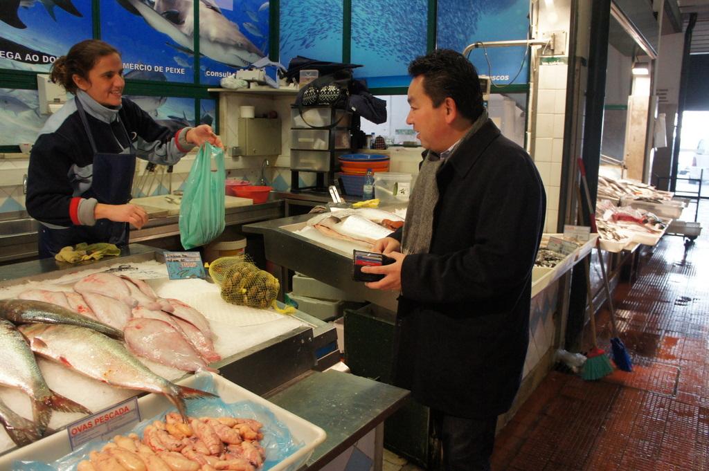 リスボンの魚市場!_c0180686_1843352.jpg