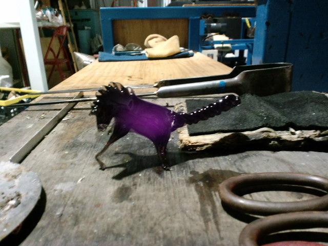 先生の馬、弟子のハイエナ_e0209927_221690.jpg
