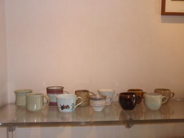 マグカップたち 並んでいます_b0132442_17473994.jpg