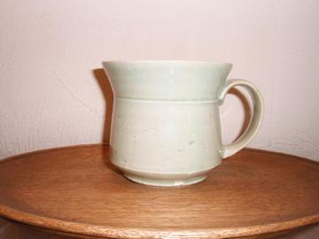 マグカップたち 並んでいます_b0132442_17485614.jpg