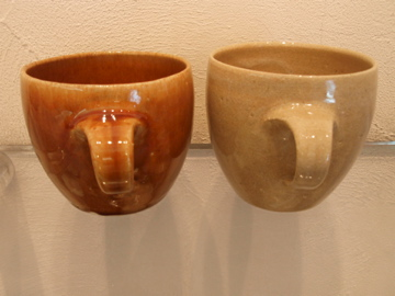 マグカップたち 並んでいます_b0132442_1823262.jpg