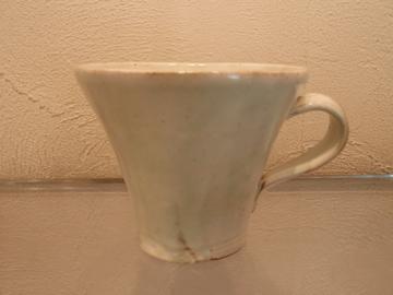 マグカップたち 並んでいます_b0132442_18422087.jpg
