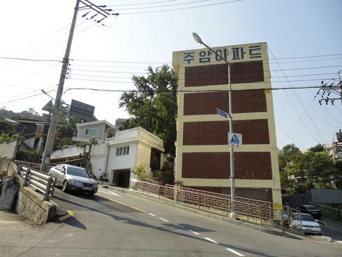 10月 1泊2日のソウル旅行 その5 「J's Cakeで絶品コグマケーキ♪」_f0054260_2336186.jpg