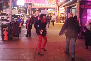 街角がステージ、日常もショーのワンシーンなニューヨーク_b0007805_2031143.jpg