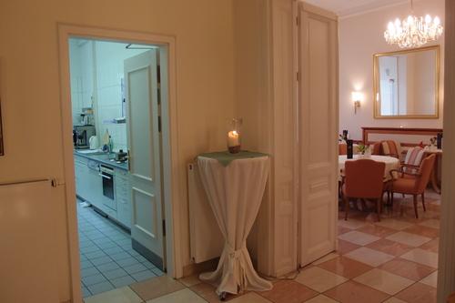 フランクフルト、プチホテルのキッチン_a0116902_1485999.jpg