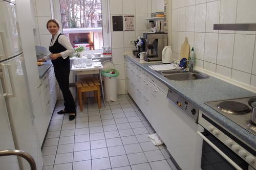 フランクフルト、プチホテルのキッチン_a0116902_150314.jpg