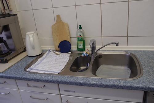 フランクフルト、プチホテルのキッチン_a0116902_1541665.jpg