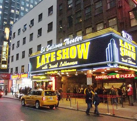 1934年から続く老舗ハンバーガー屋、Staek\'n Shakeのニューヨーク1号店オープン!!!_b0007805_21101899.jpg