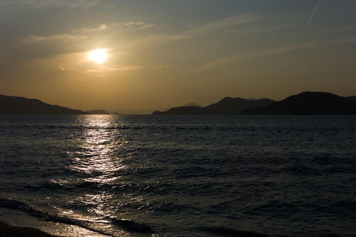 ベイサイドビーチの夕日_f0231512_19172837.jpg