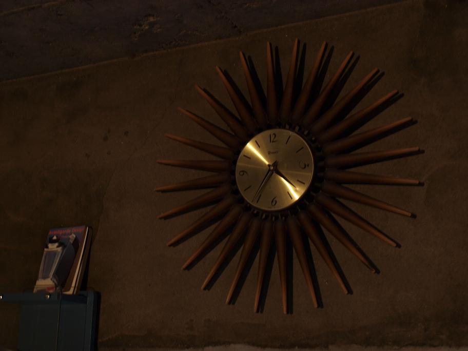 Antique Wall Clock Made in U.S.A_c0210815_949358.jpg