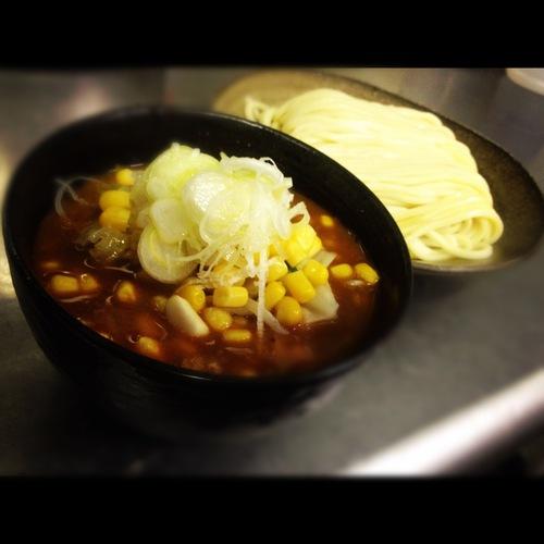 三ツ矢堂製麺 冬季限定商品 「味噌つけ麺」2012年バージョン 完成!!!  _e0173239_17545394.jpg