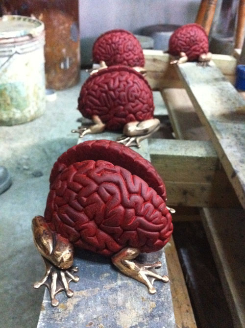 留之助限定Bronze Jumping Brain Japan Red Edition、完成。_a0077842_15355346.jpg