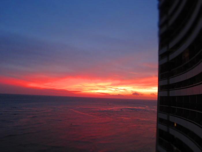 2011冬旅☆ハワイ ~2日目 ラナイからの夕日~_e0232054_20183099.jpg