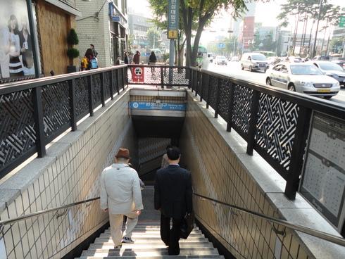 10月 1泊2日のソウル旅行 その6 「明洞でお買い物その1」_f0054260_2126283.jpg