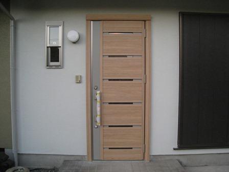 玄関ドアの取り替え_b0153776_14482496.jpg