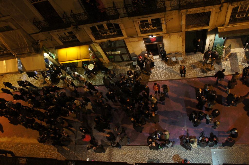 Lisboa、木曜日Vol.2_c0180686_20563970.jpg