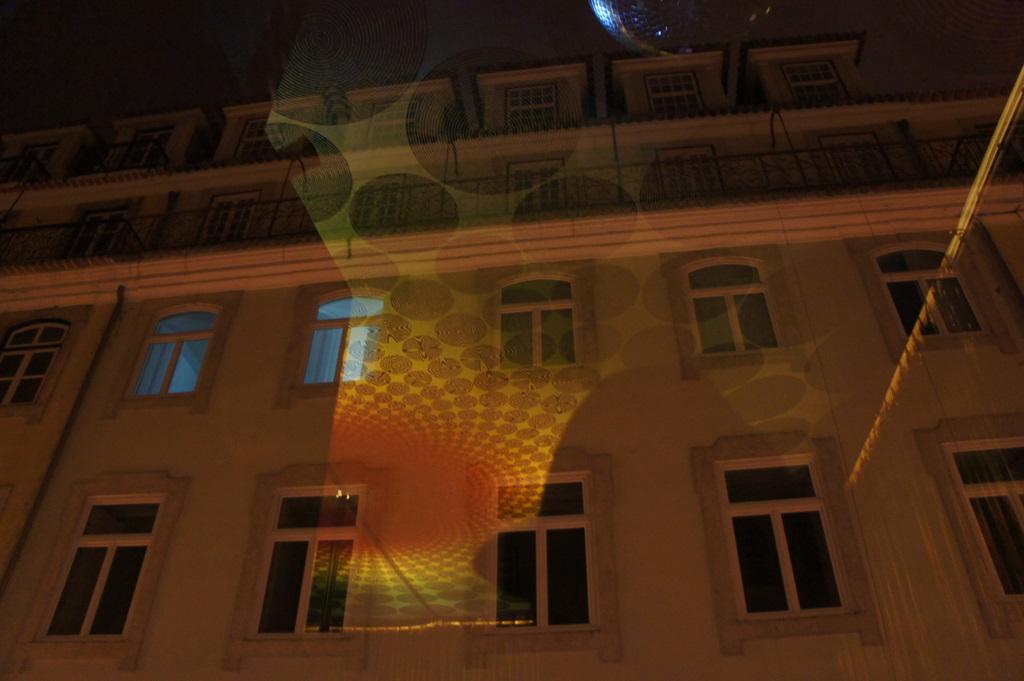 Lisboa、木曜日Vol.2_c0180686_20595447.jpg