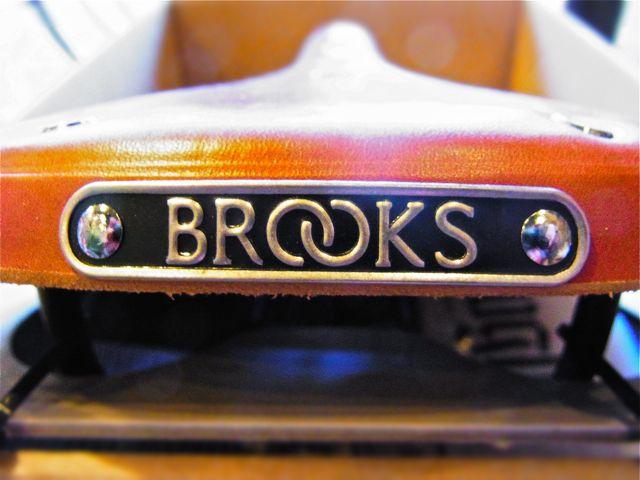 BROOKS B17 STANDARD_b0212032_23123841.jpg