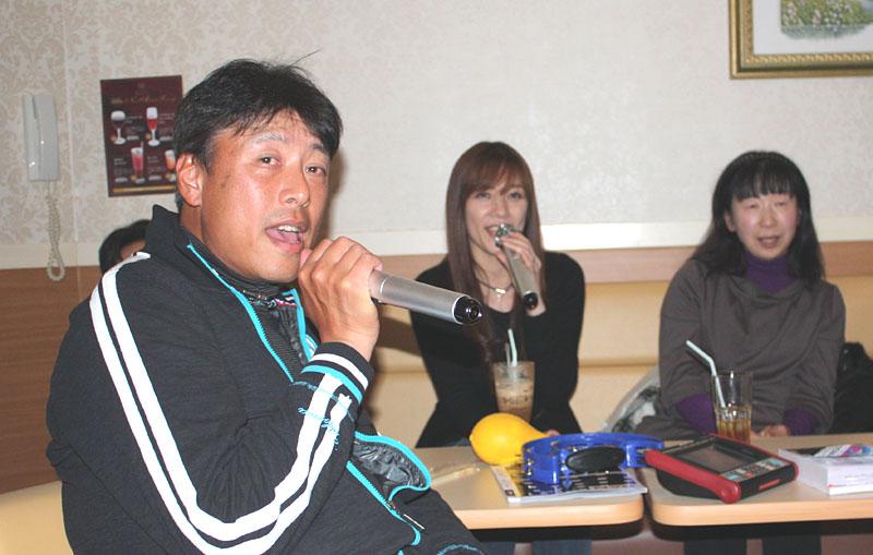 東金テニスクラブの新年会&カラオケ_b0114798_13424384.jpg