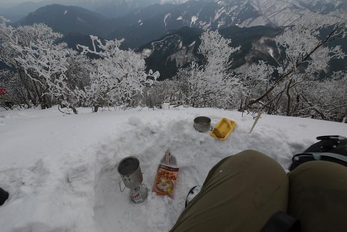 霧氷の高見山_e0214805_763983.jpg