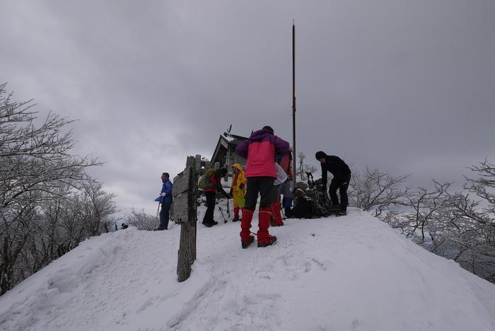 霧氷の高見山_e0214805_76721.jpg