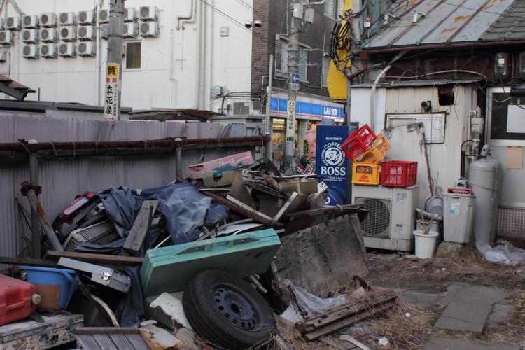 西川口  駅前バラックは健在_b0061717_0511693.jpg