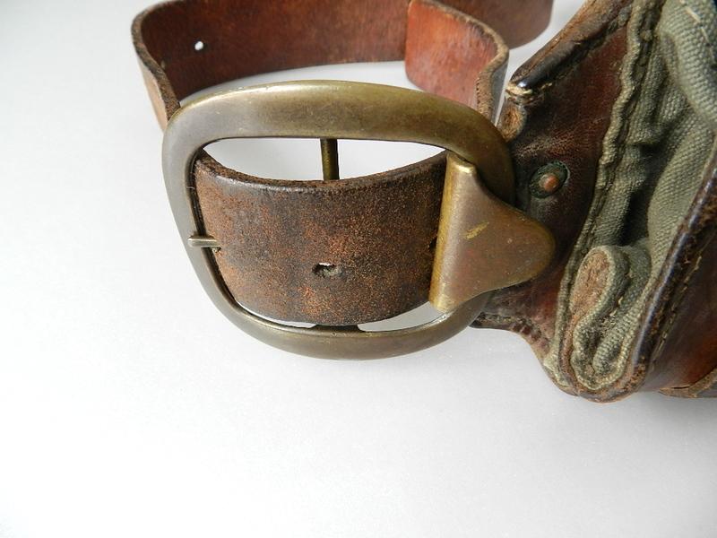 40\'s Swedish army leather bandaria_f0226051_1225645.jpg