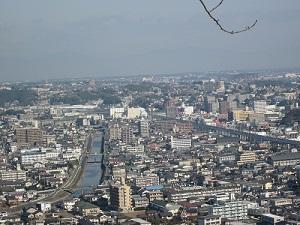 花岡山から眺めてみました_b0228113_1758577.jpg