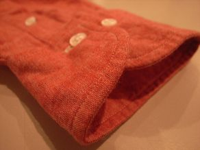"""TheThreeRobbers BOTTON DOWN COLLAR SHIRT RED CHAMBRAY\""ってこんなこと。_c0140560_12214777.jpg"
