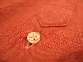 """TheThreeRobbers BOTTON DOWN COLLAR SHIRT RED CHAMBRAY\""ってこんなこと。_c0140560_1222415.jpg"