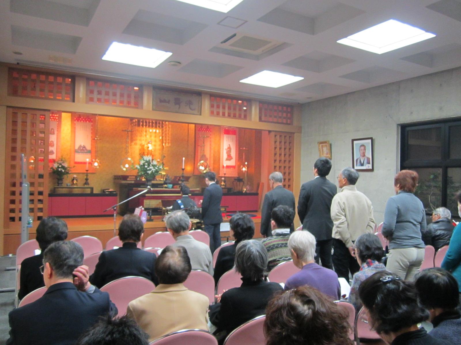 西法寺の追悼会_f0205367_1155122.jpg