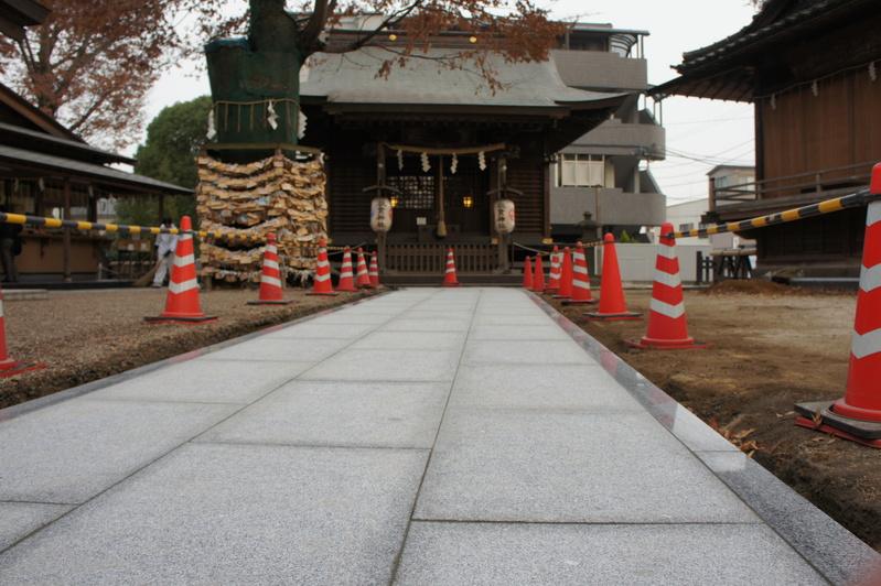 秋葉神社 参道改修工事  2011.12.23_e0223769_18584091.jpg