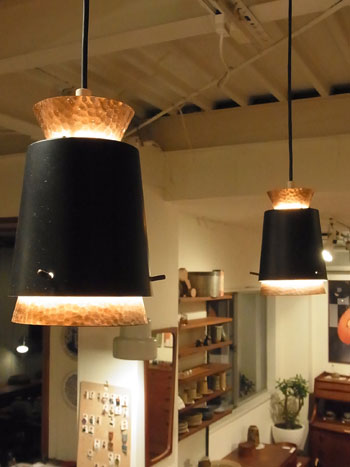 pendant light_c0139773_15493197.jpg