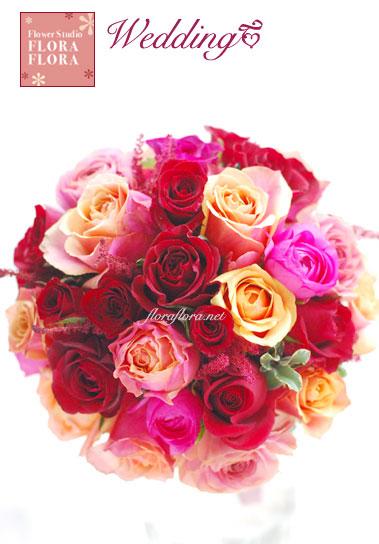 """紅バラ\""""バーガンディ\""""、オレンジバラ\""""チェリーブランディ\""""のシックなラウンドブーケ 目黒雅叙園様お届け_a0115684_023043.jpg"""
