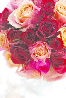 """紅バラ\""""バーガンディ\""""、オレンジバラ\""""チェリーブランディ\""""のシックなラウンドブーケ 目黒雅叙園様お届け_a0115684_024392.jpg"""
