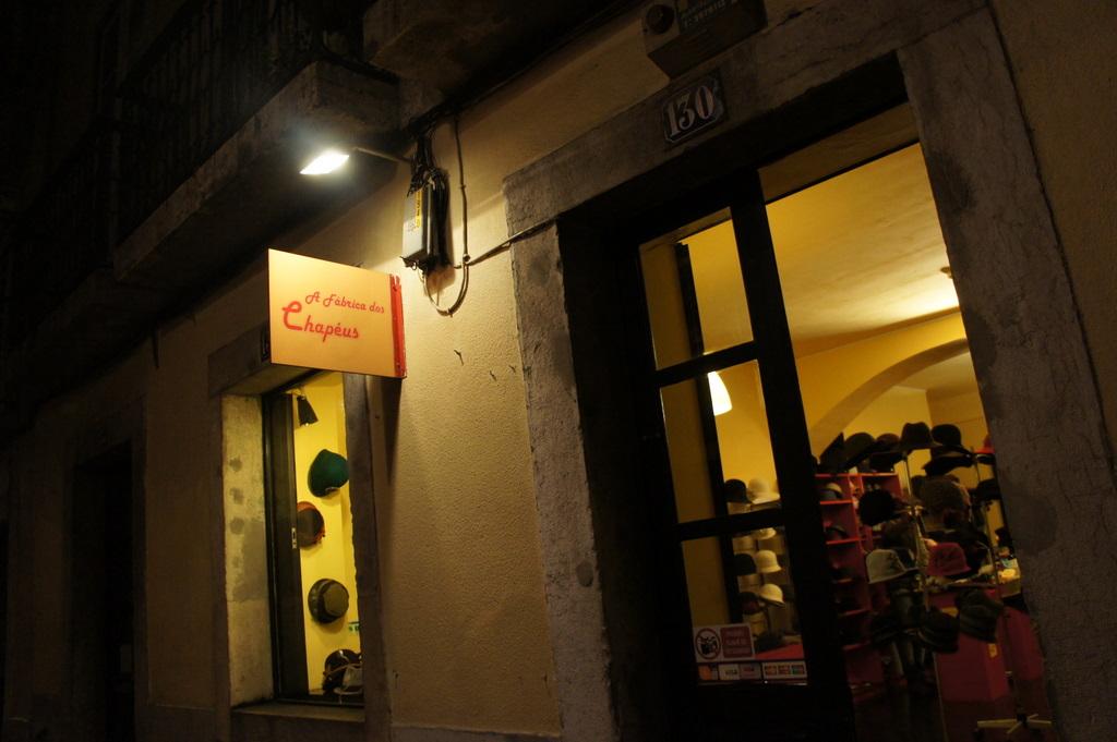 Lisboa日記@ベルリン、金曜の夜編_c0180686_4363699.jpg