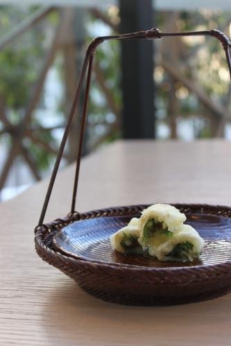 日本三大珍味「越前うに」を使った料理_f0229508_17172567.jpg