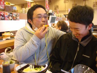 回転寿司スシローとクリスタルタウンへ。_a0154110_16145340.jpg