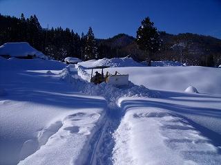 雪ムロへ_d0122374_18421626.jpg