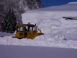 雪ムロへ_d0122374_1842510.jpg