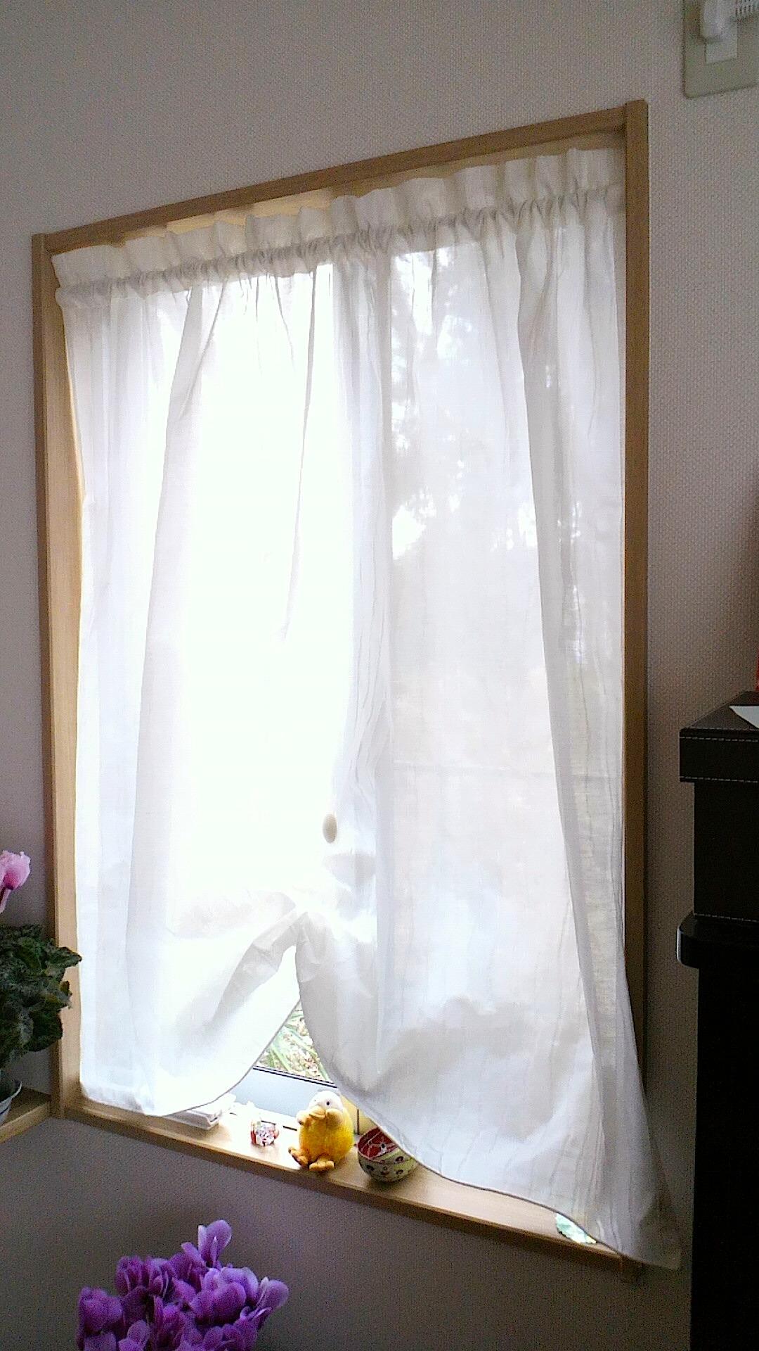 小窓のカフェスタイル『フジエテキスタイル』_c0157866_14591265.jpg