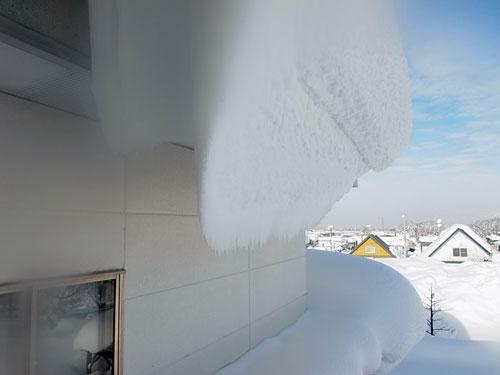 雪庇落としに、トライ!_c0189970_11105752.jpg