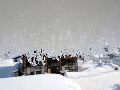 雪庇落としに、トライ!_c0189970_1111745.jpg